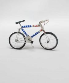 TIN BICYCLE – White