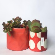 Upcycled planter – Special offer – Red size S & M – no strap – Growbag